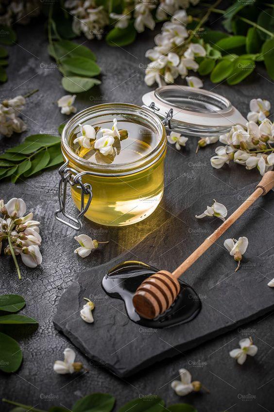Купити мед з акації в Харкові
